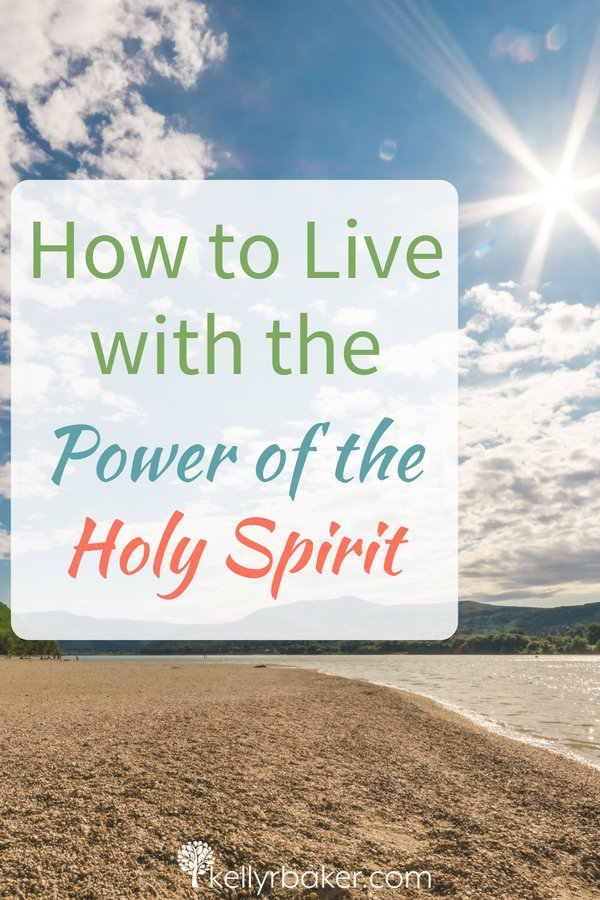 We are vessels in which the Holy Spirit will move through to touch the lives of those around us. Find inspiration to live empowered. #ThrivingInChrist #biblicaltruths #powerofgod #holyspirit #greatcommission