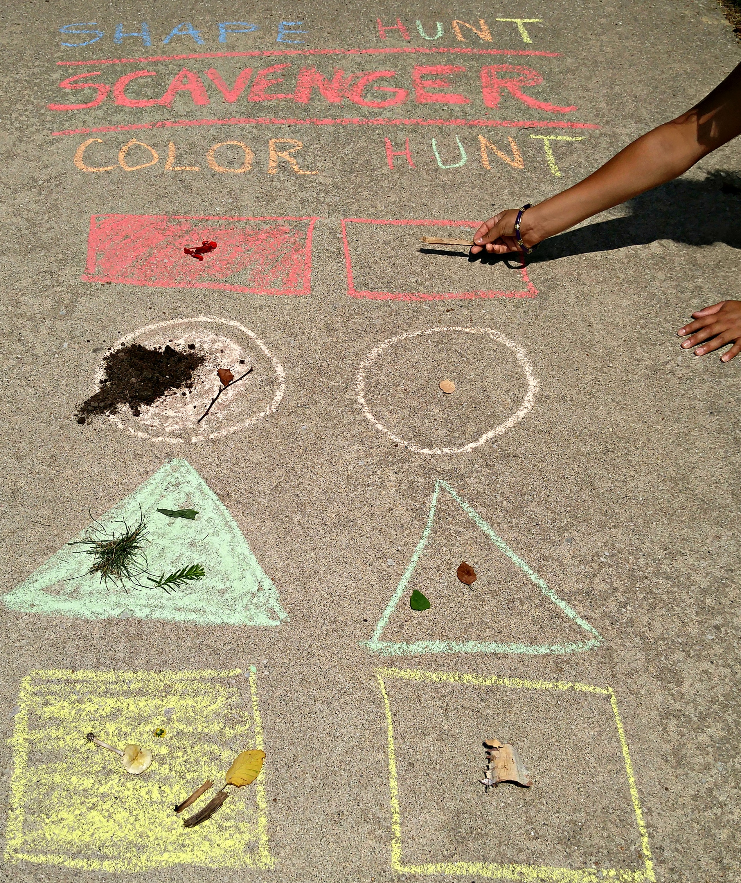 Outdoor Learning Activities Color Shape Scavenger Hunt