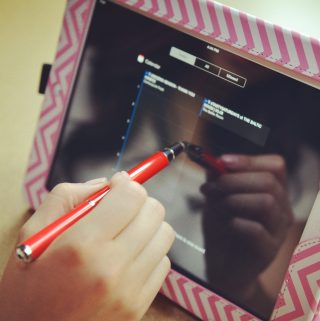 The Kyasi Stylus Collection – It's a Pen, It's a Stylus and It's a Laser #Kyasi