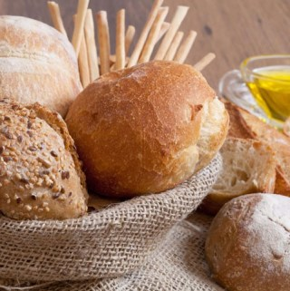 5 Signs You May Have a Gluten Allergy