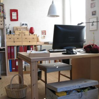 6 Tips For Keeping Your Office Area Organized