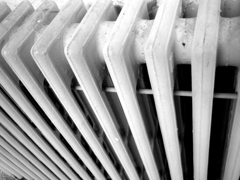 Reasons to Replace a Storage Heater With an Electric Radiator