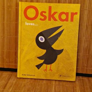 Fall in love with this little bird in the book about Oskar!
