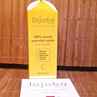The Jojoba Company in Australia offers Jojoba oil!
