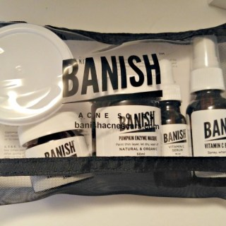Banish The Appearance of Blackheads And Acne Scars Naturally