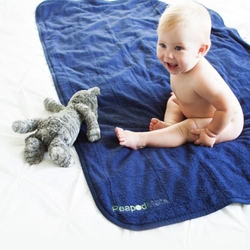 peapodmats-baby-bed-wetting-potty-training-mattress-protector-pee-pad-seen-dragons-den-500x500