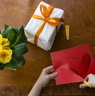 6 Great Valentine's Day Crafts