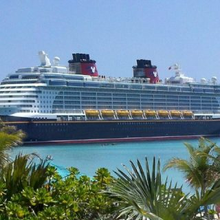 A DISNEY CRUISE – THE PERFECT COMPROMISE