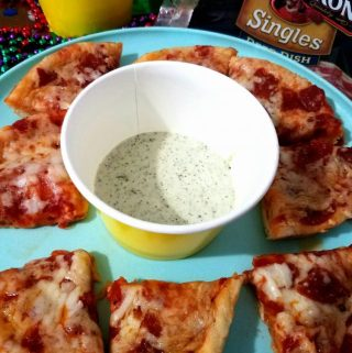 Pizza Dipping Sauces For GAME DAY!