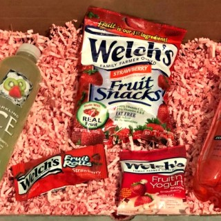 Delicious Strawberry Snacks & Drinks for the Entire Family!