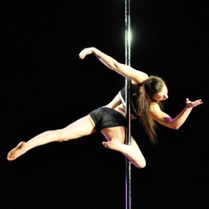 CRYSTAL HARRIS 2013 Midwest Pole Dance Championships Coaching by Kelly Yvonne VIDEO: http://www.youtube.com/watch?v=4oek6oPFGx4&feature=youtu.be