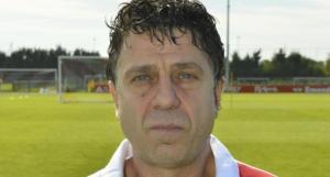 انتحار طبيب نادي ريمس الفرنسي لكرة القدم بعد تاكد اصابته بيفروس كورونا