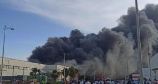 """تفاصيل اندلاع حريق مصنع شركة """"فوجيكورا"""" بالمنطقة الصناعية الحرة بمدينة طنجة"""
