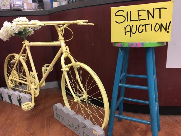 Kelowna Home Hardware silent auction of bike to raise money for Kelowna SPCA.