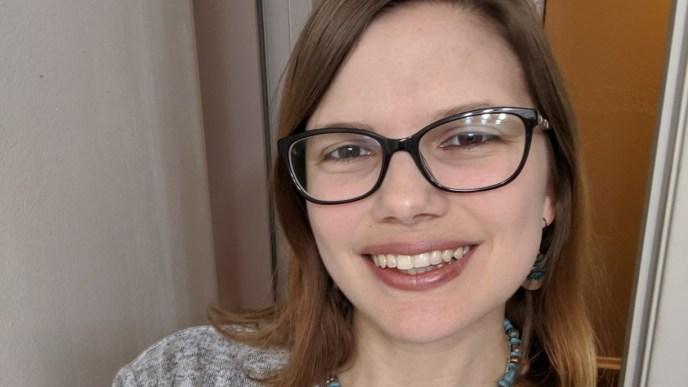 kelsey horton author and life coach