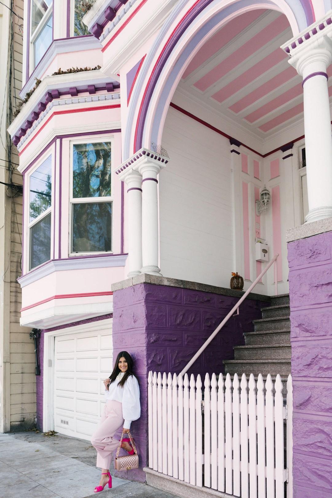 Lifestyle blogger Kelsey Kaplan of Kelsey Kaplan Fashion wearing pink seersucker pants and chanel dupe
