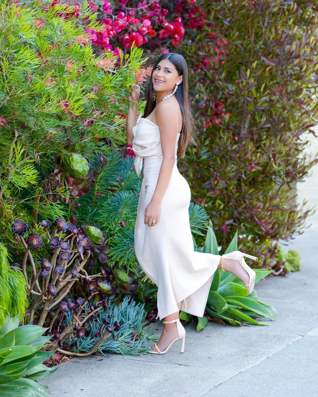 Lifestyle blogger Kelsey Kaplan of Kelsey Kaplan Fashion wearing Beige Two-Piece Set and Stuart Weitzman sandals
