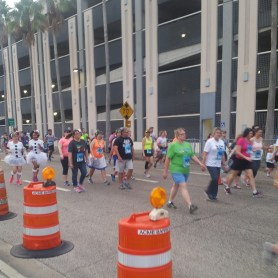 Hot Chocolate Tampa 5k walkers
