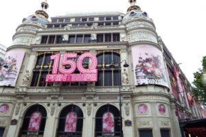 Belanja barang bermerek Paris