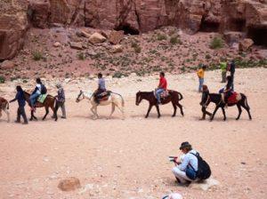 Kaum nabataean pembangun petra