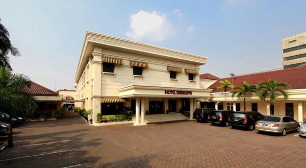 10 Pilihan Hotel Dekat Stasiun Gambir Jakarta