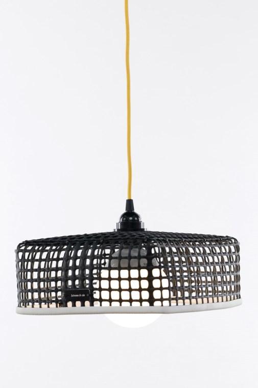 kelvin et lumen luminaires suspension maille ostréicole douille bakélite cordon jaune cuisine séjour salle a manger entrée