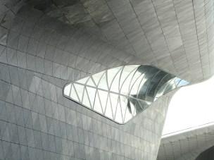 guangzhou-opera house 7-2013