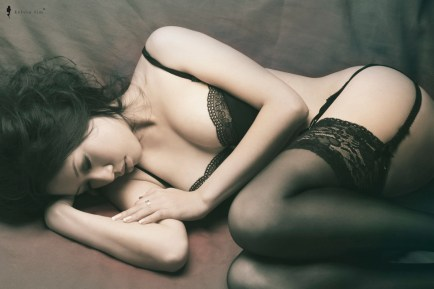 Sensual Photography / Boudoir / Artistic Nude by Kelvin Lim