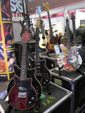 Brian May Signature Guitars
