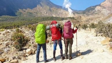 Pendakian Gunung papandayan Dari Jakarta