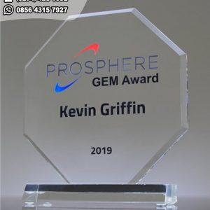 Trophy Akrilik