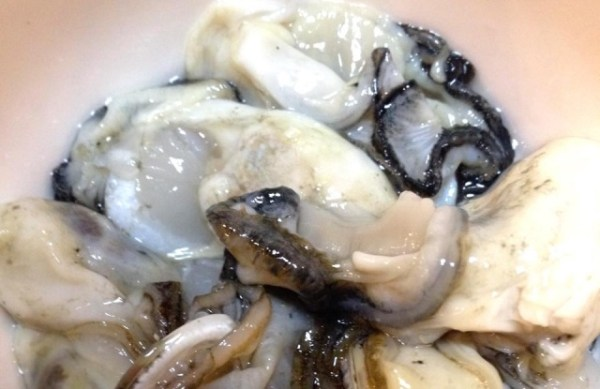 むき身の生牡蠣