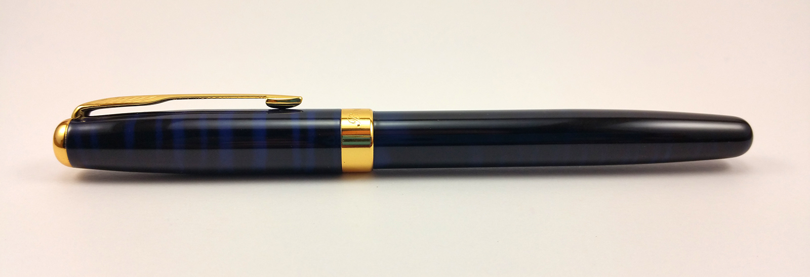 Baoer 388 Fountain Pen Capped