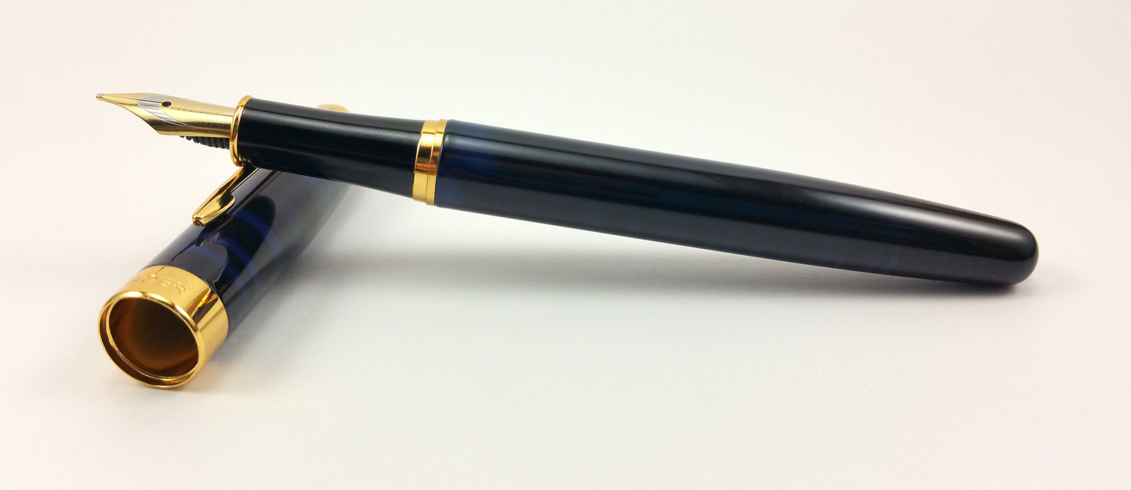 Baoer 388 Fountain Pen Uncapped
