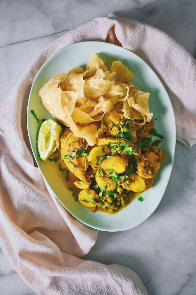 Curry Chicken with Roti Buss-up-shut