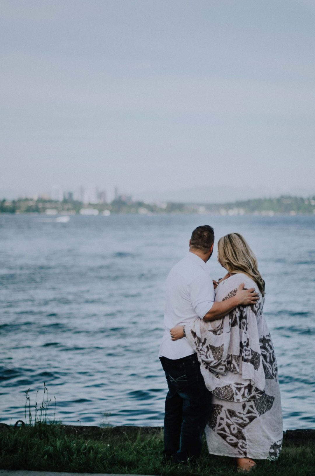 madison-park-seattle, madison-park-engagement, madison-park-engagement-photos, seattle-engagement-photographer, seattle-wedding-photographer, madison-park, lake-washington-engagement,