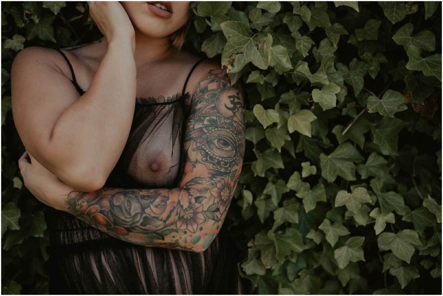 Tacoma-Boudoir, Tacoma-Boudoir-Photographer, Seattle-Boudoir-Photos, Boudoir-Photographer, Tacoma-Washington, Seattle-Boudoir-Session, Seattle-Boudoir-Session, Seattle-Boudoir-Photographer, Boudoir-Photos, Tattooed-Model, Boudoir-Inspiration, Tattoos, Curves,