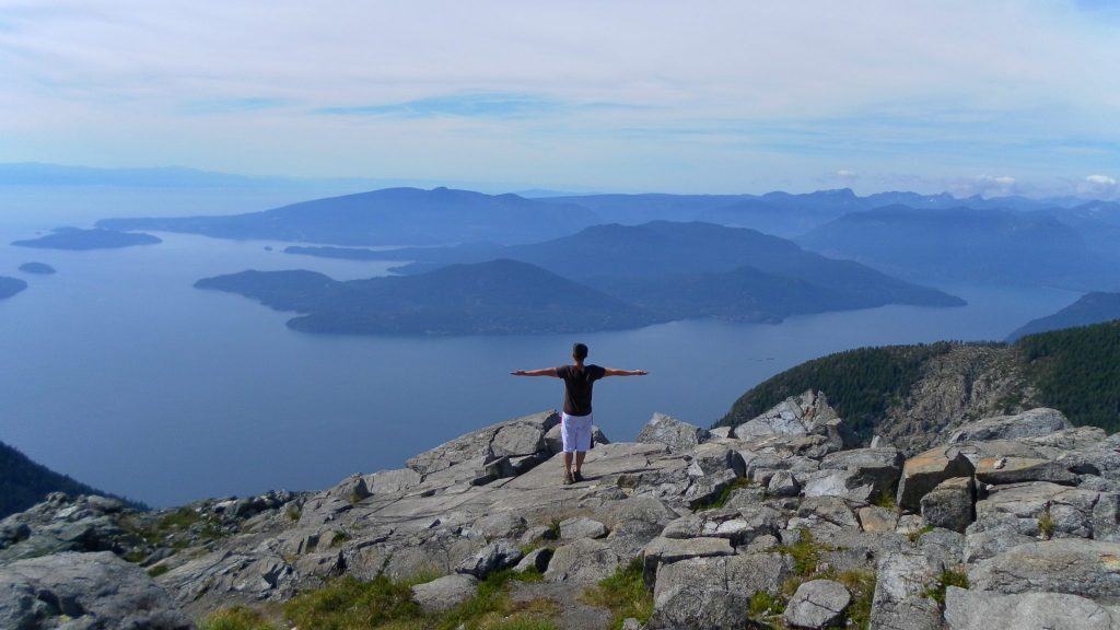 The lions binkert trail, The Lions Binkert Trail (Most Dangerous Hike in Vancouver) – BC Hikes
