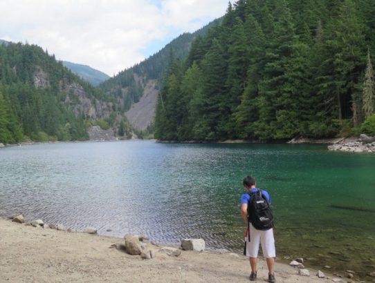 Lindeman Lake - BC Hikes