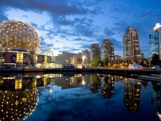 How to Travel Hack Vancouver's Major Tourist Spots