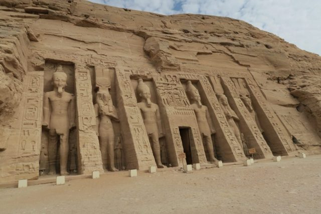mini-abu-simbel