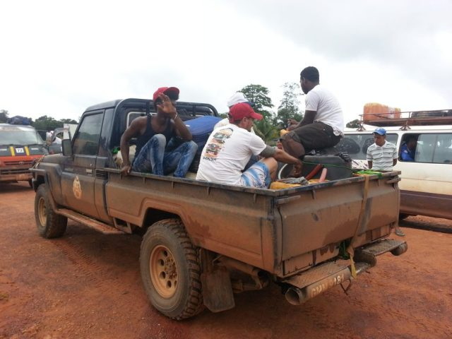 Guyana, Stranded in the Middle of the Jungle at 2AM – Our Driver Gets Caught Smuggling in Guyana
