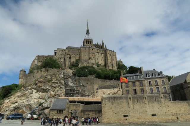 Mont Saint Michel, The Step-by-Step Guide to Seeing Mont Saint Michel Starting from Paris France