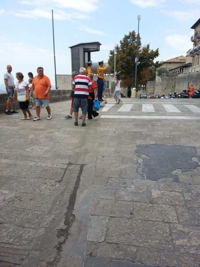 San Marino, How to Enter San Marino from Rimini Italy (17 Pictures in the Country)