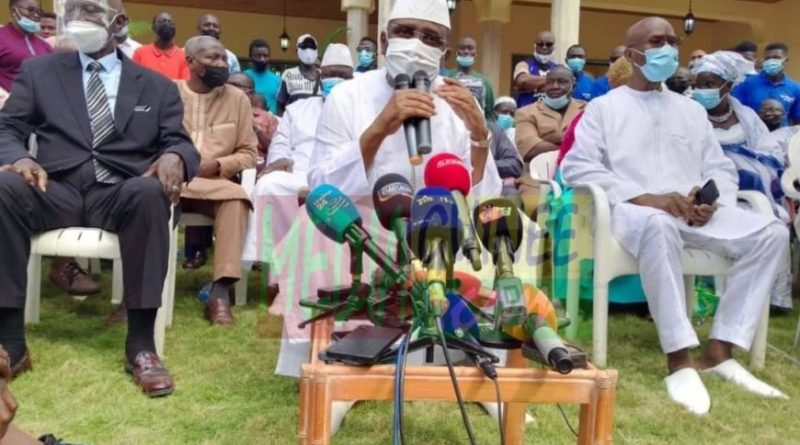 """Sidya Touré : """"il est important de veiller à l'intégrité physique et aux droits humains de l'ancien président"""""""