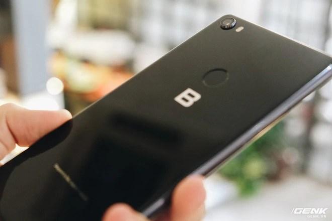 Trên tay đánh giá nhanh Bphone 3: Cuối cùng, người Việt đã có một chiếc smartphone đáng để tự hào - Ảnh 6.