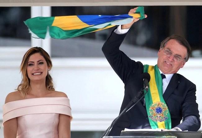 Đệ nhất phu nhân mới của Brazil: Từ bà mẹ đơn thân xinh đẹp đến mối tình sét đánh chênh nhau 25 tuổi - Ảnh 1.