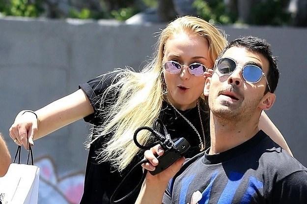 6 cặp đôi 9X đáng ngưỡng mộ nhất Hollywood: Mối tình của Justin hay Miley không xúc động bằng sao nhí Zack & Cody - Ảnh 26.