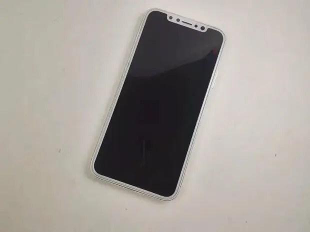Mô hình iPhone 8 xuất hiện tại Việt Nam, giá không dưới 220 triệu đồng - Ảnh 3.
