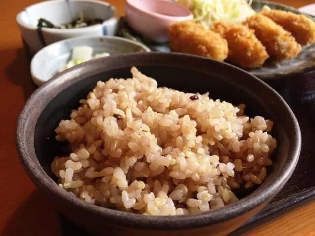 健康的に痩せたい人におススメ!玄米ダイエットの5つの効果
